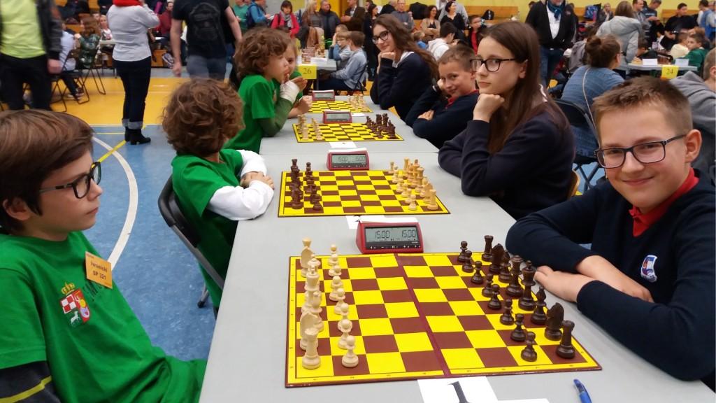 szachy-001